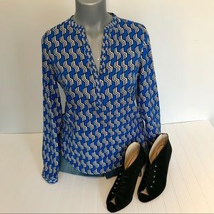 The Limited Small Blue V-neck Tunic Blouse